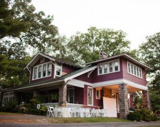 Alda's Magnolia Hill