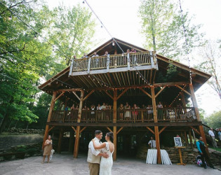 The Grand Barn at The Mohicans