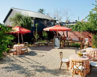 Catelli's Restaurant