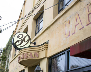 Upstairs at 39 Rue de Jean