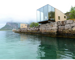 Manshausen Island resort