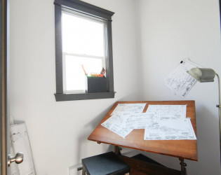 Tradesmen Charitable Pour House