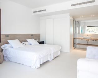 Ibiza White