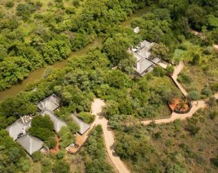 Morukuru River House