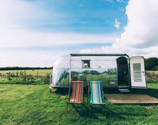 Vintage Vacations Airstream Field