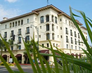 Canary Hotel