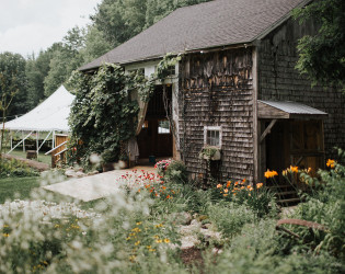 Caswell Farm & Wedding Barn