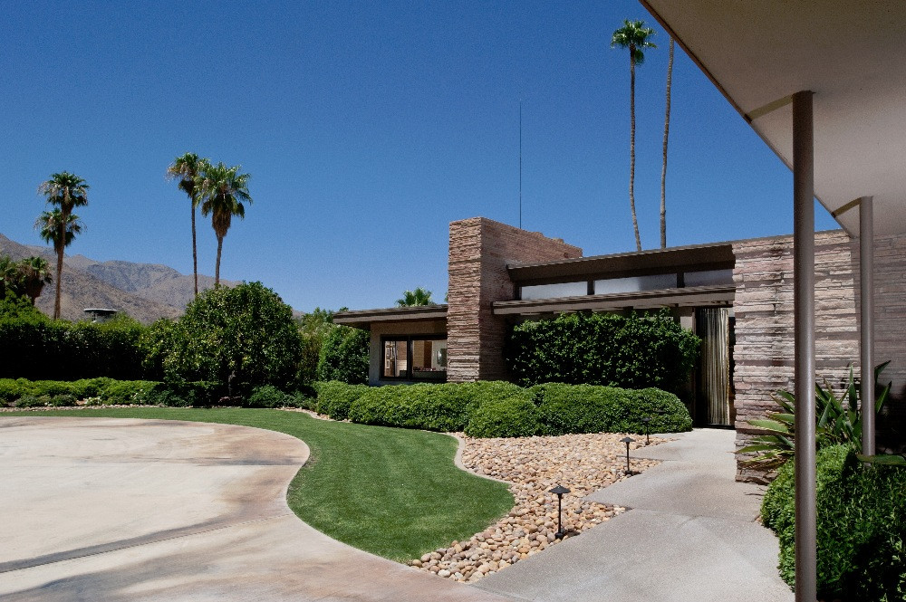 Twin palms frank sinatra estate palm springs california for Twin palms estates palm springs