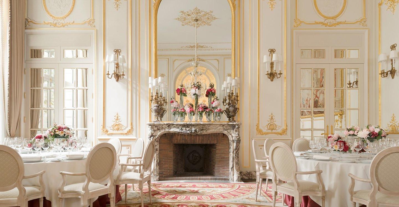 Ritz paris paris le de france france venue report for Le salon spa