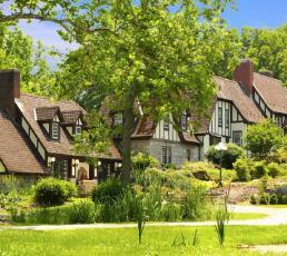 Hillbrook Inn & Spa