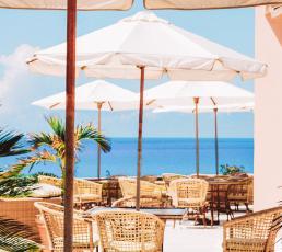 Aqua Terra Restaurant at The Reefs Resort & Club