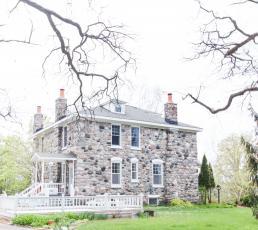 Fieldguide Farmhouse