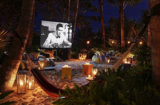 22 Incredible Outdoor Cinemas Worldwide