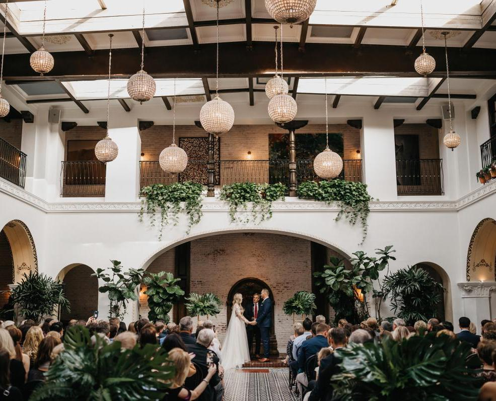 22 Historic Wedding Venues That Have Gotten Better With Time
