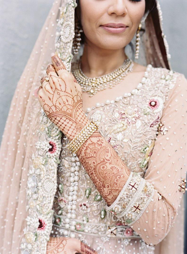 13 beautiful wedding traditions from around the world junglespirit Image collections