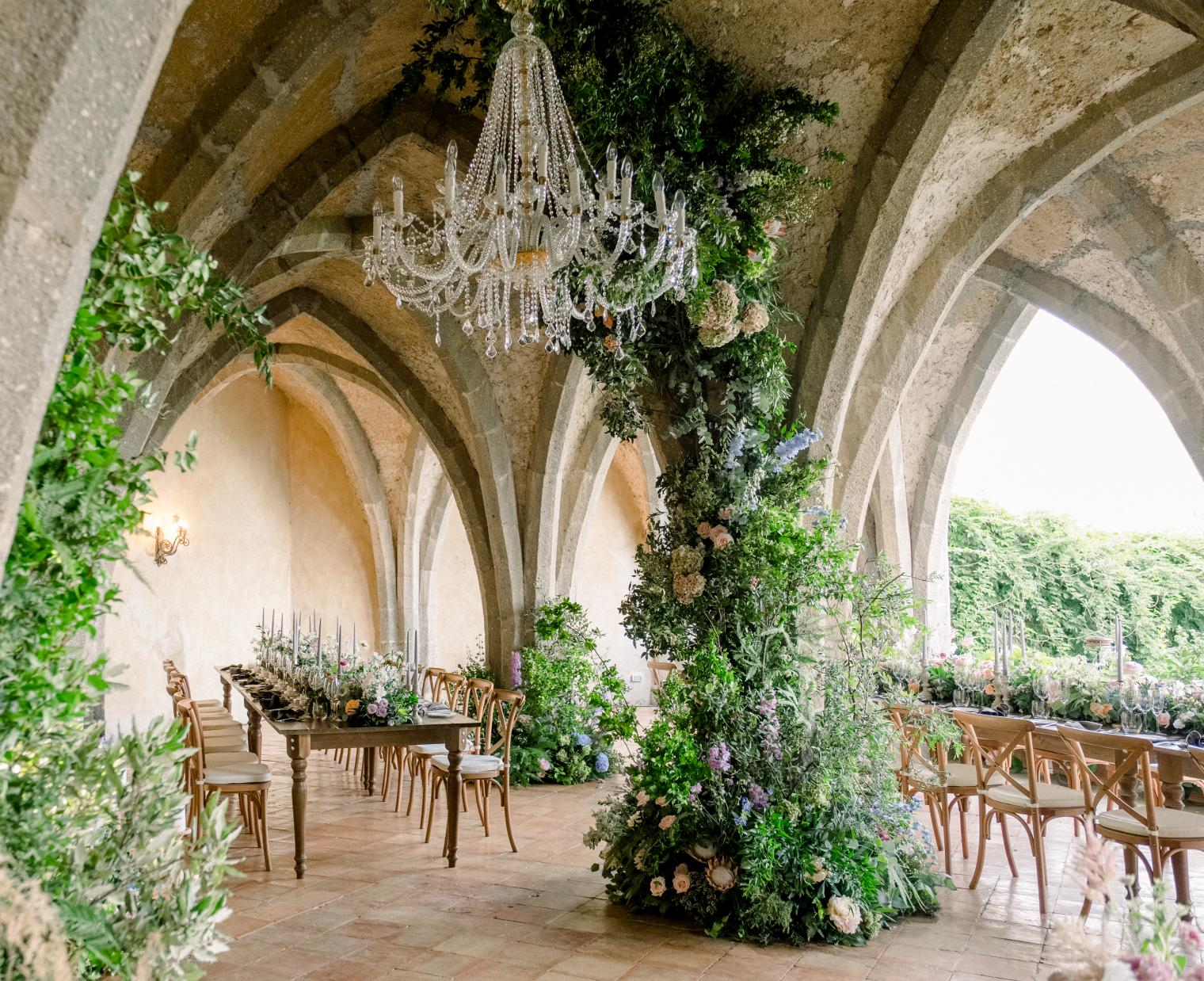 28 Of The Best Wedding Venues Across The World According To These