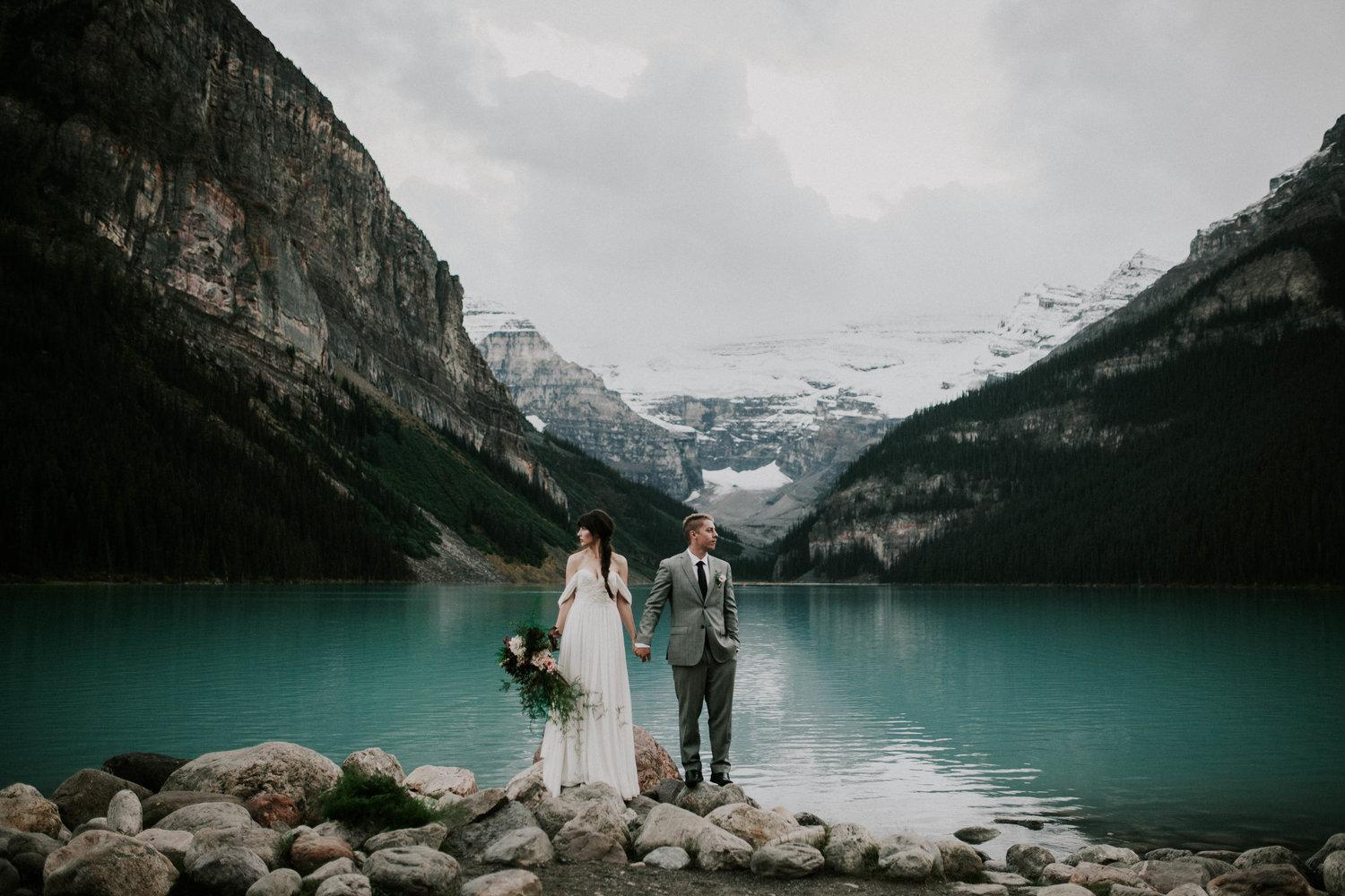 b81bbc9ccde2c3 32 Jaw Dropping Spots That Will Make You Want To Elope