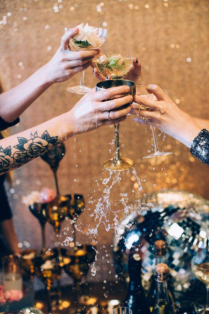 10 Fun Toasting Traditions to Try Out This New Years Eves