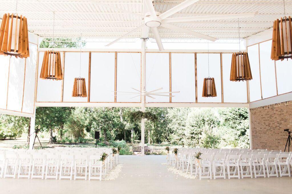 20 Unique Extraordinary Wedding Venues in Austin