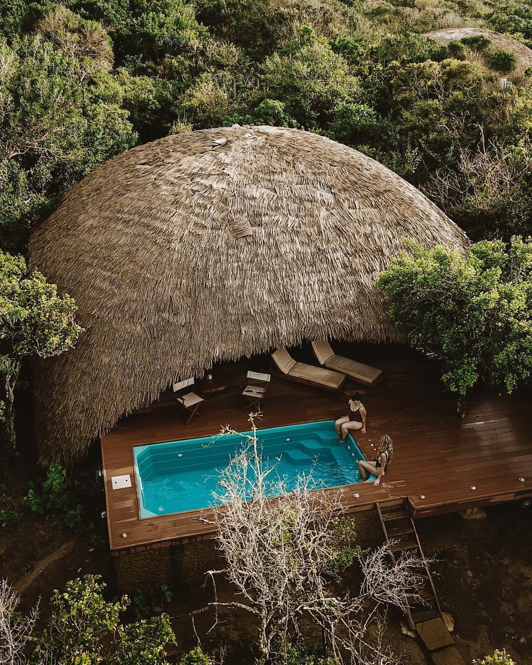 浪漫的野外露营 帐篷酒店Uga逃生者的Chena小屋