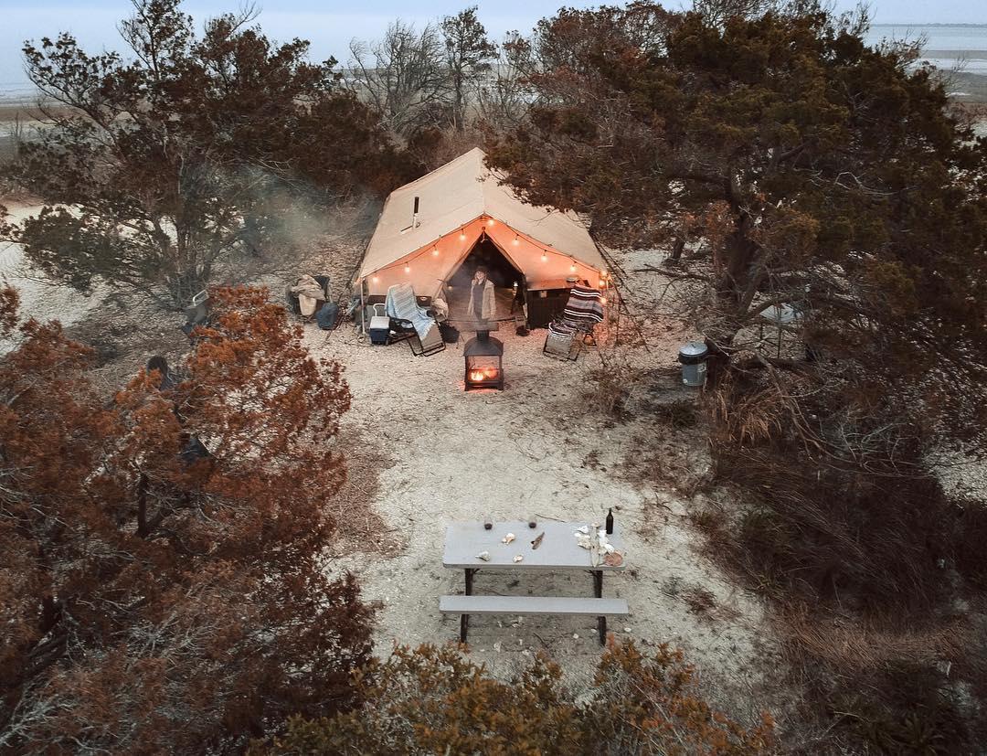 浪漫的野外露营 帐篷酒店小浣熊钥匙