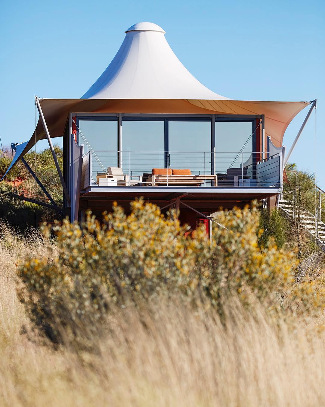浪漫的野外露营 帐篷酒店经度131°