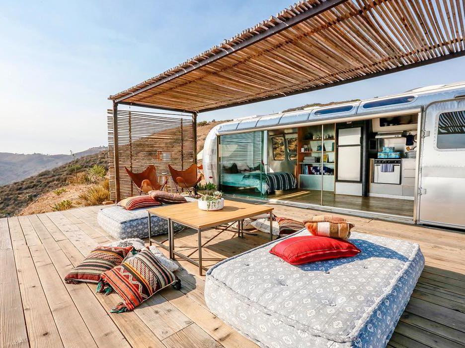 浪漫的野外露营 帐篷酒店马里布梦想之流