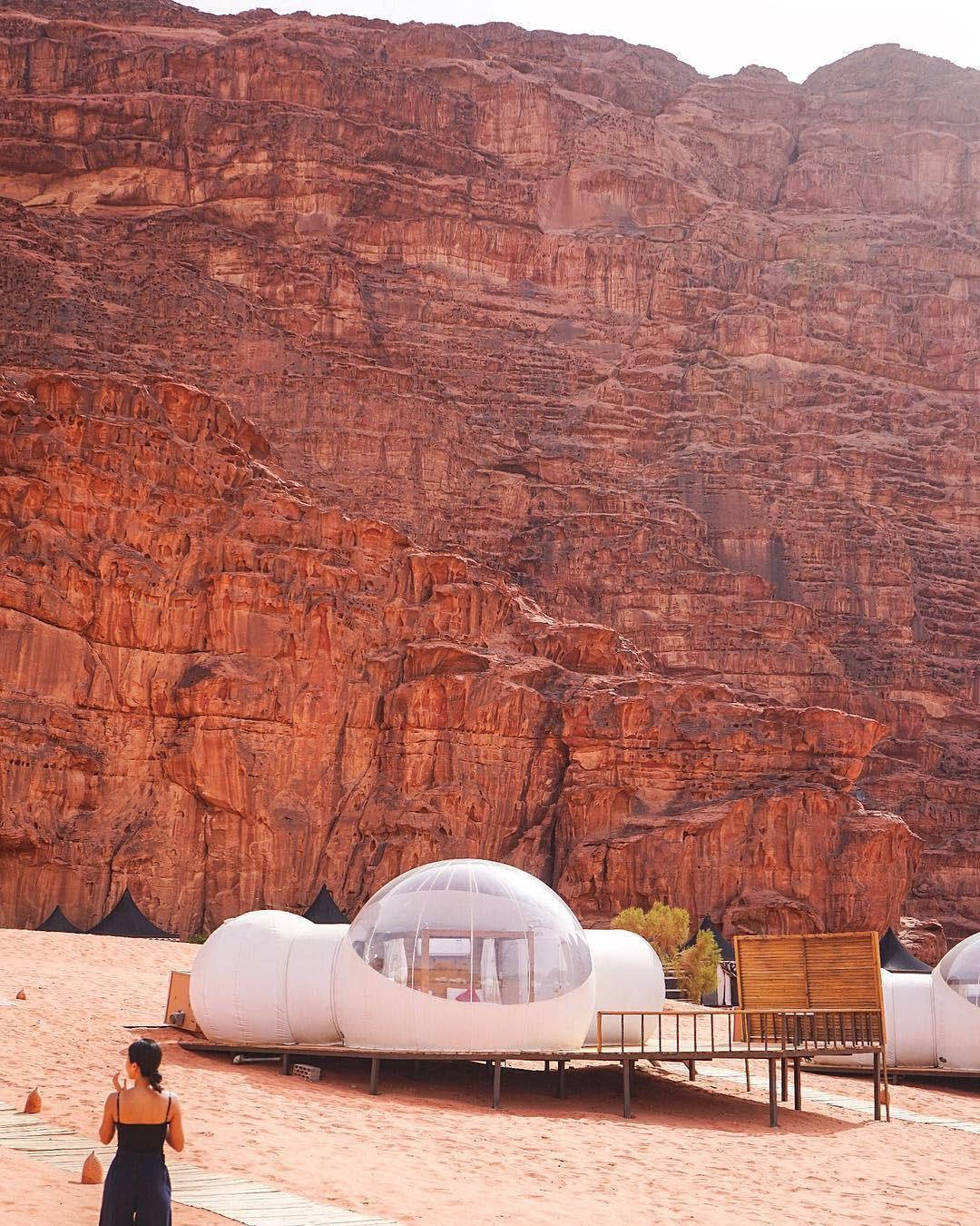 浪漫的野外露营 帐篷酒店瓦迪朗姆酒之夜