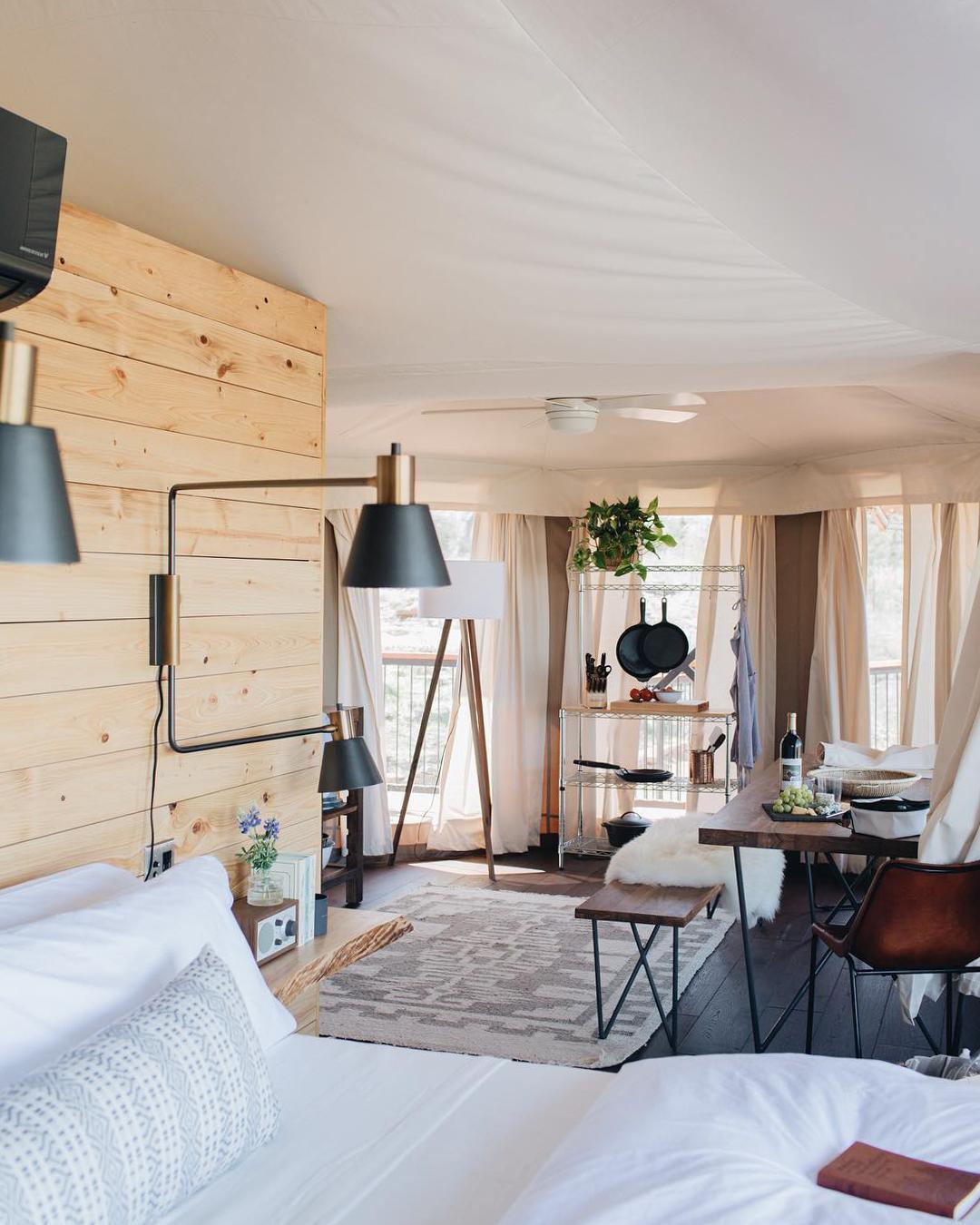 浪漫的野外露营 帐篷酒店瓦尔登山庄