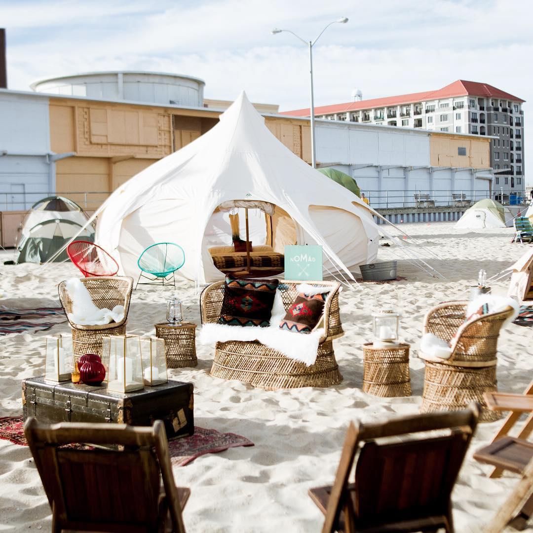 浪漫的野外露营 帐篷酒店流浪乐园弹出