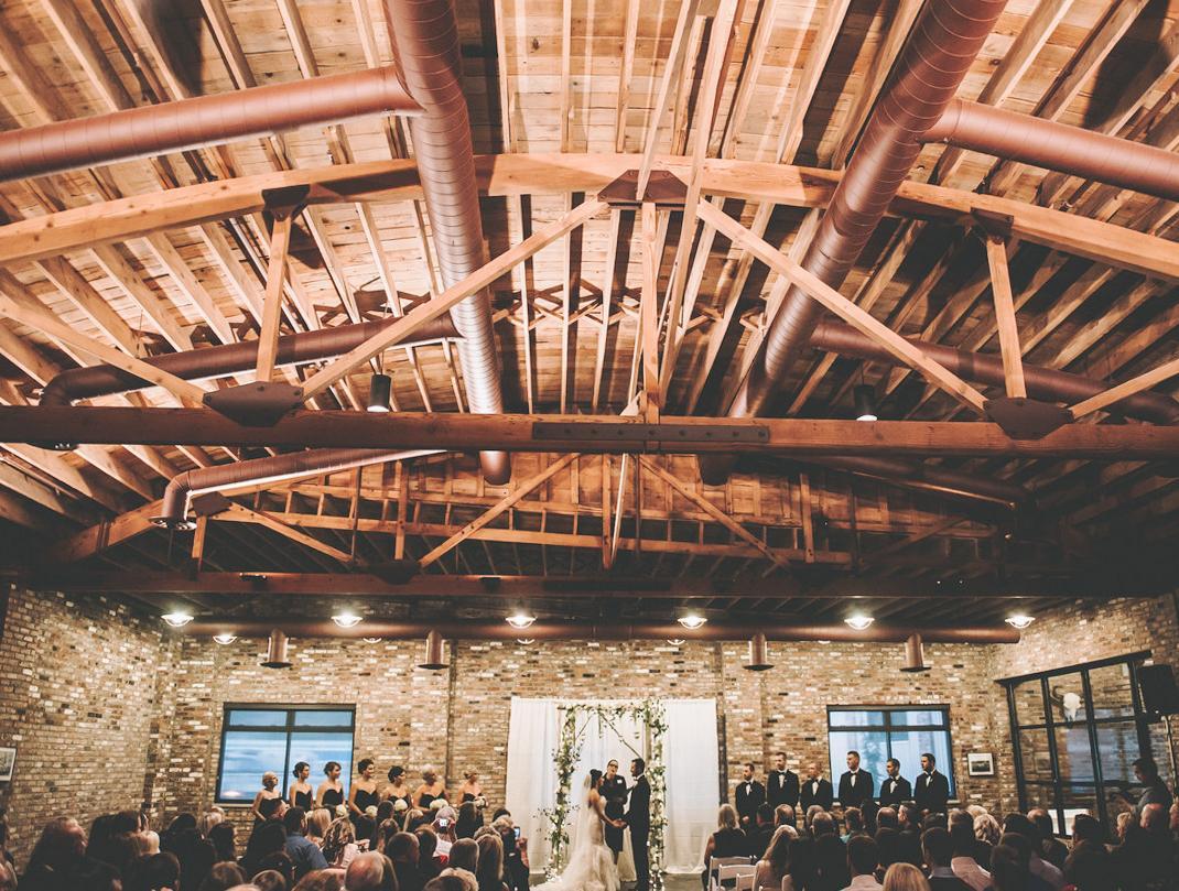 20 Seriously Stunning Washington Wedding Venues You'll Love